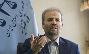 تذکر دادستان کرمانشاه به مسئولان فرهنگی برای کتابگردانی دختران