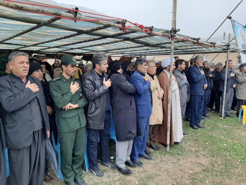 مراسم عزاداری سردار دلها در روستای دوازه امام بخش قلعه شاهین برگزار شد