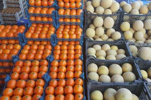 سایه تعزیرات حکومتی سرپل ذهاب بر سر بازار میوه فروشان/ تداوم نظارت بر عرضه میوه فروشی های سطح شهرستان